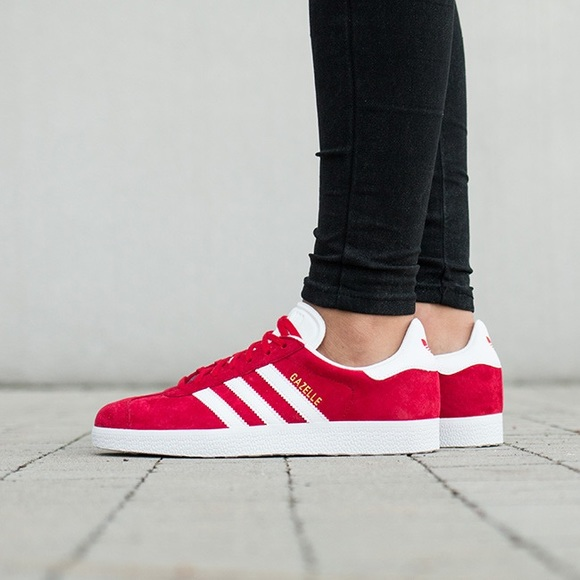 Adidas Women's Gazelle Shoes Red Size 7